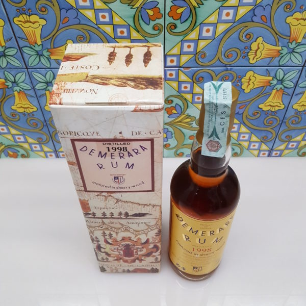 Rum Demerara 1998 18 Y.O. Moon Import vol. 45% cl 70
