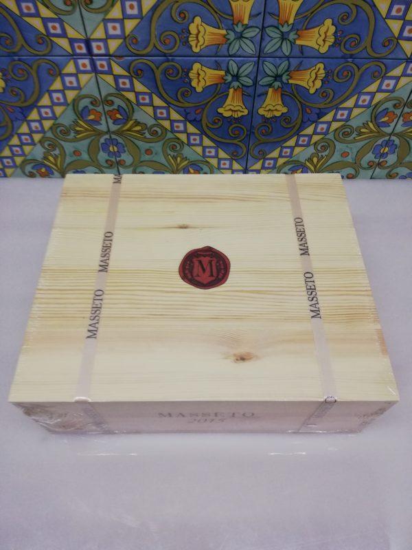 """Toscana IGT """"Masseto"""" 2015 – Tenuta Masseto Cassa in legno sigillata 3 bottiglie 750 ml"""