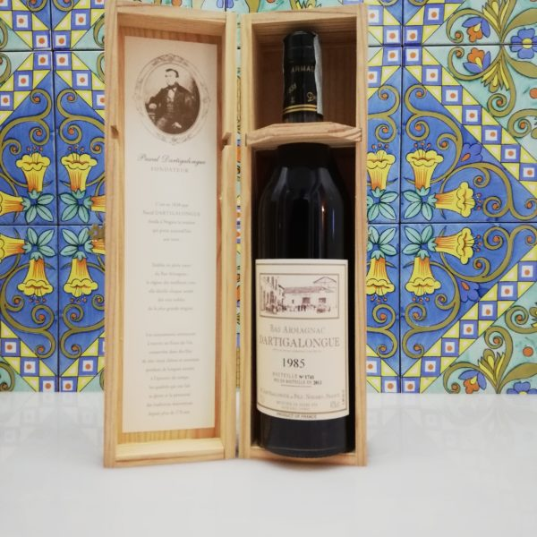 Bas Armagnac 1985 with wooden box- Dartigalongue vol 40% cl 70