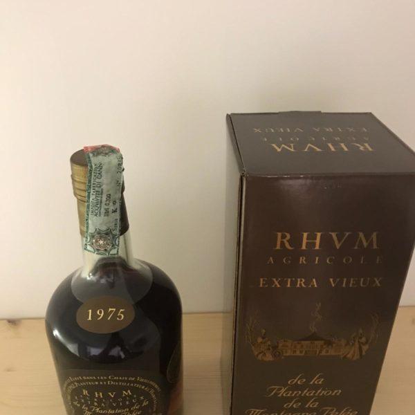 Rum Rhum Chantal Comte 1975 – vol.45% cl.70 – Extra Vieux Agricole