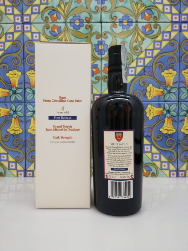 Rum Vieux Sajous 4 y.o First release Cask Strenght vol 50.6% cl 70