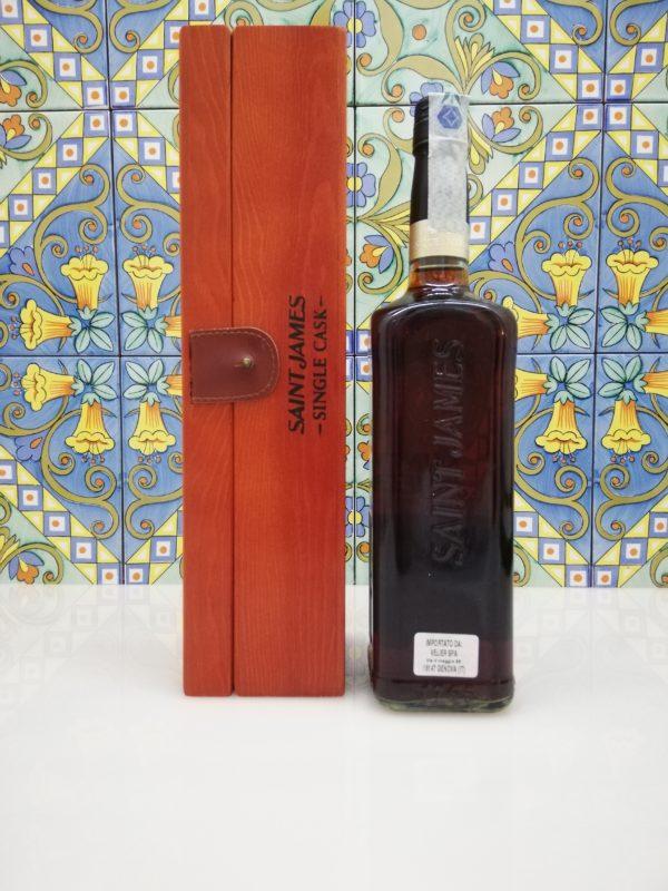 Rum Saint James Single Cask 1999 vol 42.9% cl 70 wood box