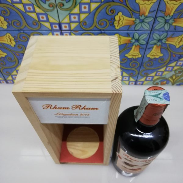 Rum Rhum Liberation 2015 Version Integrale Vol.58,4% cl.70 Wood Box