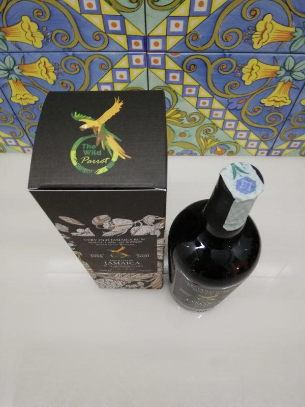 Rum Jamaica Claredon 1995 The Wild Parrot cl 70 vol 65.9%